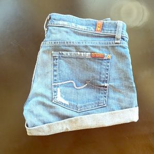 Light 7 for all man kind jean shorts.